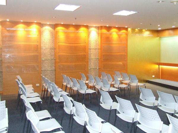 บริษัท 4ไล้ฟ์(ประเทศไทย) ห้องประชุม